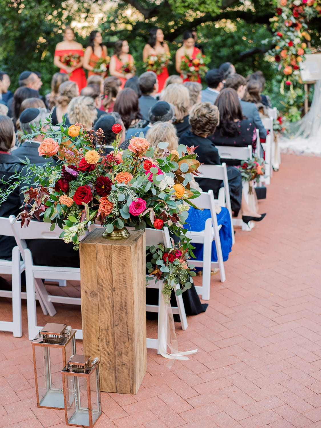 Ceremony-Flowers-Photo-Greg-Ross