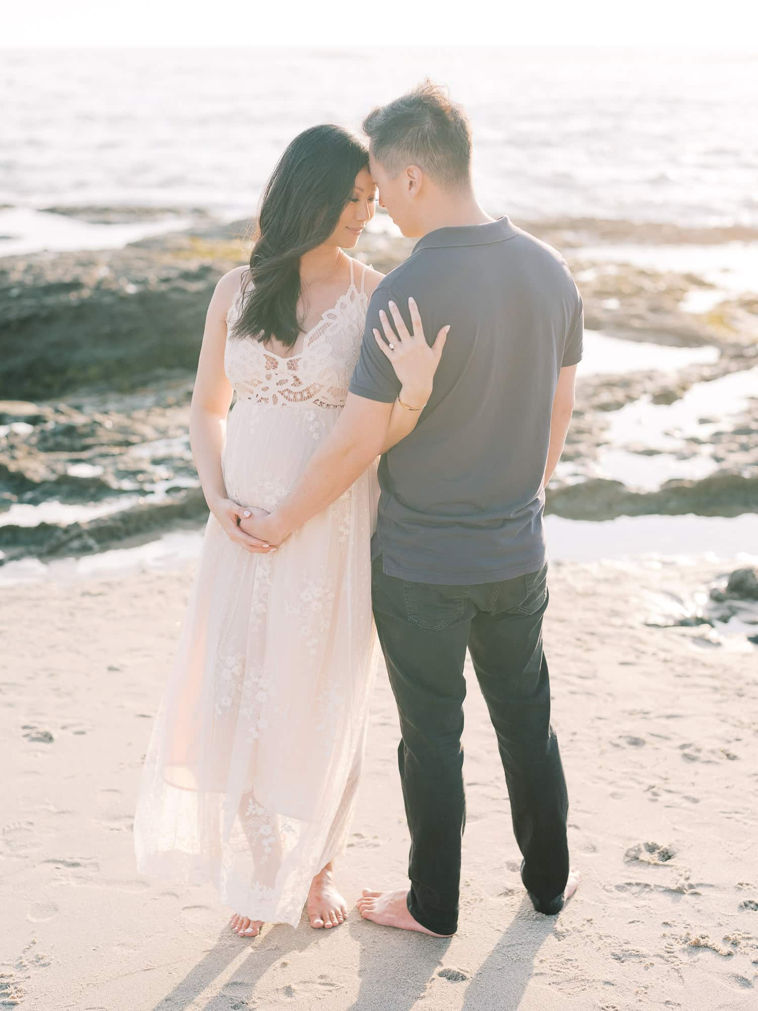 Maternity-Photographer-Montage-Laguna