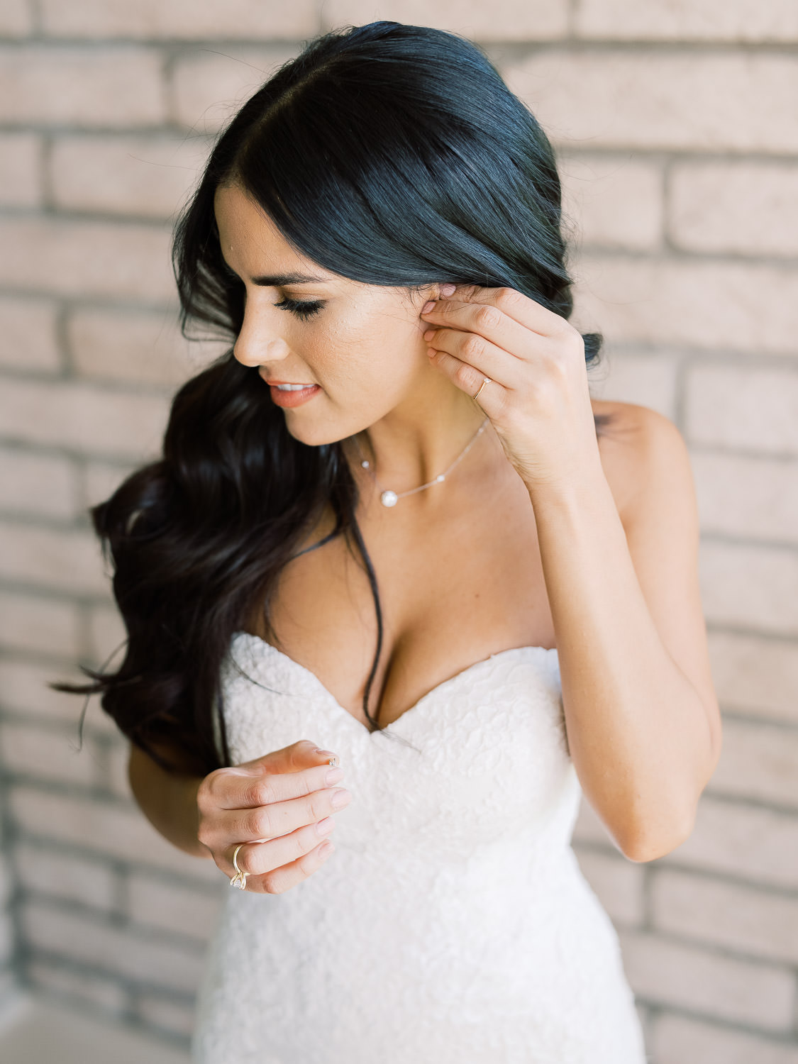 Bride-Getting-Ready-Inspiration
